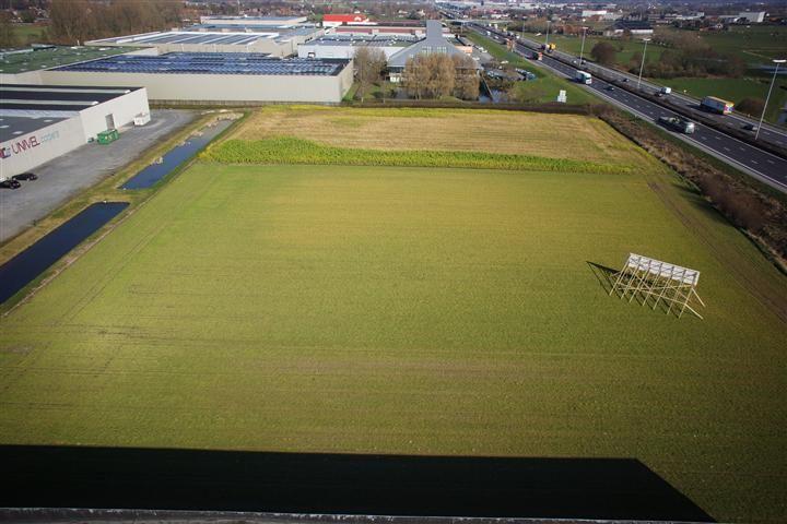 Industriegrond langs E17 Deerlijk te koop